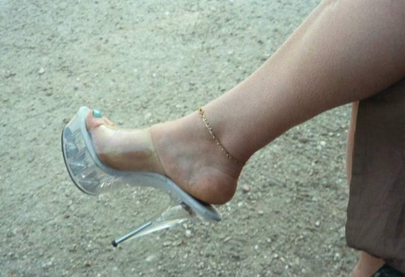chaussure pute bombasse brune